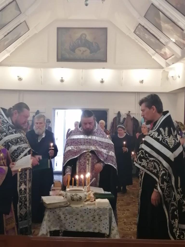 Таинство соборования в Свято-Ильинском храме