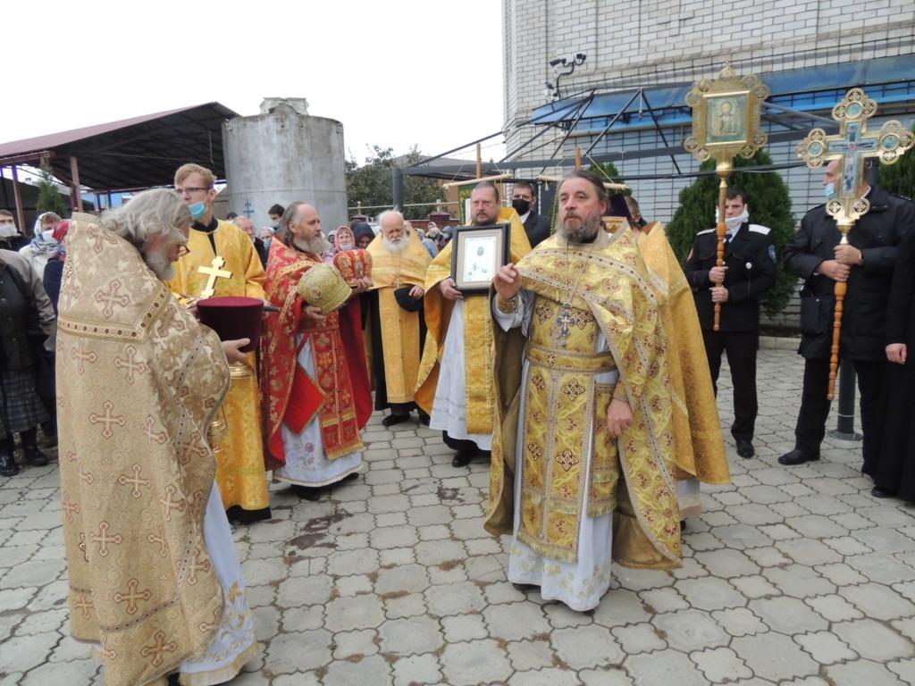 Крестный ход в престольный праздник